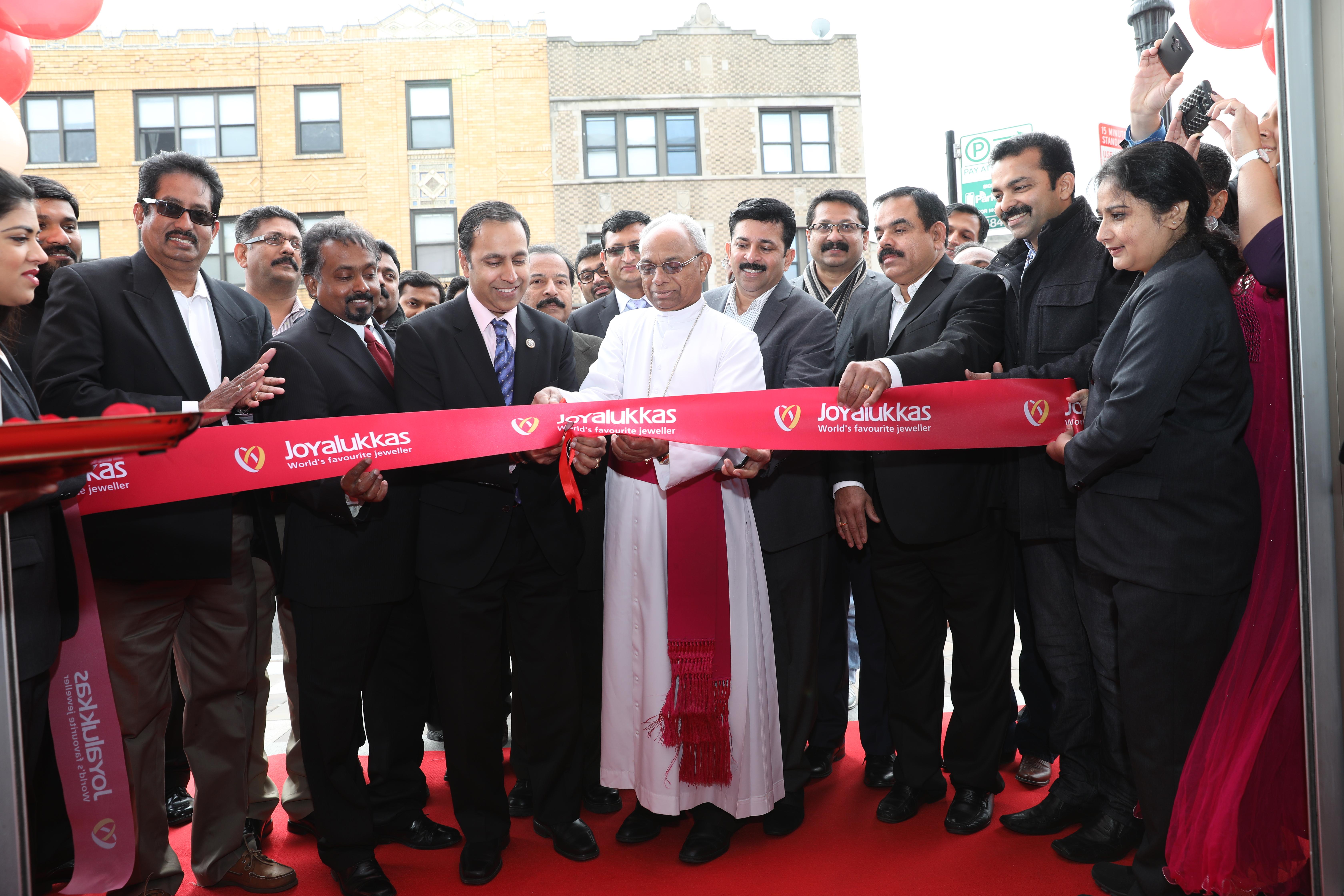 Joyalukkas opened 3rd Showroom in USA at Chicago ILA Times
